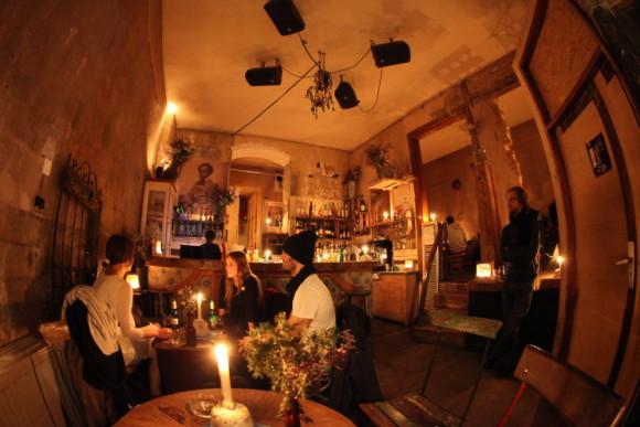vita-notturna-Berlino-Das-Hotel-580x387